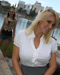 Charlee Seek & Samantha Faye