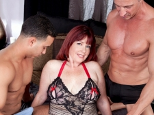 Dirty-Talking Mommy Acquires DP'd